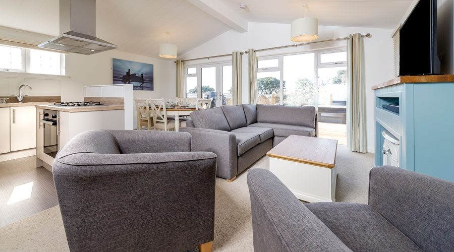 Surf Lodge with hot tub in Woolacombe Bay