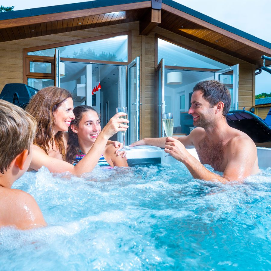 Surfscape Lodge hot tub in Woolacombe